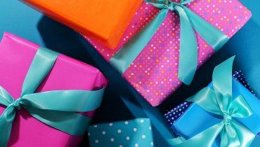 Otros usos para el papel de regalo usado